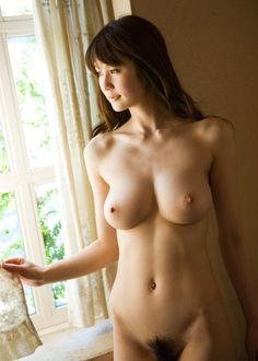 frontal nude Japanese