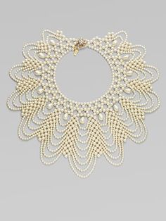 Faux Pearl Bib Necklace. Beautiful and easy to copy. #Beads #White #Pearls #Teardrop #Round #Seed #Collar #Weave