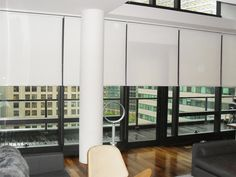 Декор окна для белых ночей #blinds #rollershades #window #interior #спальня #шторы #жалюзи #декорокна #рулонныежалюзи