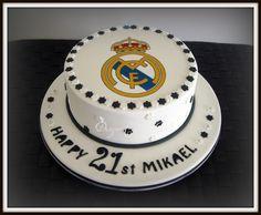 real-madrid-football-team-logo-cakes-cupcakes-mumbai-28