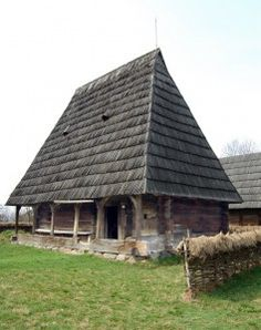 Vernacular Architecture, Wooden House, Warm And Cozy, Abandoned, House Design, Homes, Rustic, Traditional, House Styles