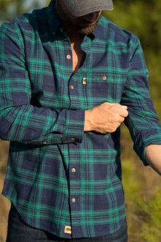Fairbanks Men's Flannel Shirt - Crater Lake from Buffalo Jackson Flannel Shirt Outfit, Mens Flannel Shirt, Red Flannel, Shirt Men, Best Flannel Shirts, Oversized Flannel, Picnic Outfits, Check Shirt Man, Stylish Mens Fashion