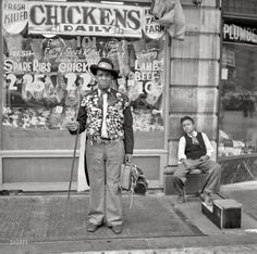 """Summer """"Street scene, New York City."""" Here's a fellow who looks like he has a story to tell. The little guy is waiting for the next customer for a shoe shine. Medium format negative by Jack Allison. Old Pictures, Old Photos, Vintage Photos, Great Depression Photos, Photo New York, Afro, Shorpy Historical Photos, Vintage New York, Thats The Way"""