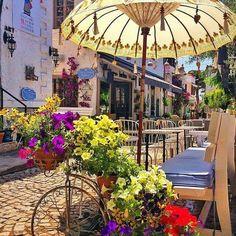 Alaçatı / İzmir Antalya, Bodrum, Istanbul Turkey, Greece, Travel Around The World, Places Around The World, Wonderful Places, Beautiful Places, Alacati Turkey