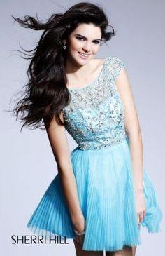 Kendall Jenner models Sherri Hill 2814 #SHERRIHILLSTYLE