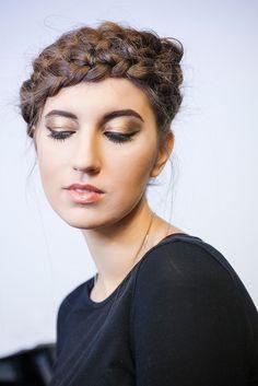 """Модный макияж с подиума: тени с эффетом """"металлик"""". Три варианта макияжа на наших стажерах"""