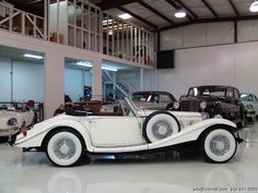 Now that is what I am talking about.  DANIEL SCHMITT & CO CLASSIC CAR GALLERY PRESENTS: 1936 MERCEDES-BENZ 500K ROADSTER REPLICA