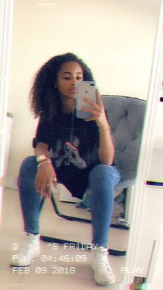 Like what you see, follow me.! PIN: @IIjasminnII✨GIVE ME MORE BOARD IDEASS Baddie Hairstyles, Cute Hairstyles, Black Girl Magic, Black Girls, Curly Hair Styles, Natural Hair Styles, Natural Face, Afro, Cool Outfits
