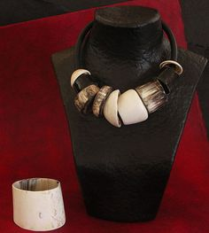 Spectacular ethnic necklace made of horn and shells of Mauritania