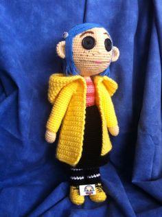 Muñeca de Coraline. Patrón propio.