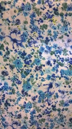 """Floral CREPE Fabric Flower Dress Making Material 58"""" Width Blue/White in Crafts, Fabric 