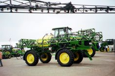 John Deere 4630 sprayer.Saw one these 4630s in 2013 @ Tri Green Tractor in Flora but did not get a picture of it because it got away.173 max,165 net hp from a turbocharged 414 cid diesel,600 gallon rear tank,17.600 lbs