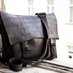 Fallmasche - Upcycling Produkte im wunderschönen Design. Recycling, Bags, Beautiful, Design, Fashion, Tractor, Products, Handmade, Nice Asses