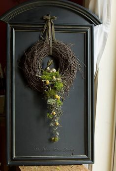 Dekoration Osterkranz Speaking of workplace fashions, if you want Diy Spring Wreath, Diy Wreath, Door Wreaths, Easter Wreaths, Christmas Wreaths, Christmas Decorations, Christmas Ideas, Spring Decorations, Easter Flowers