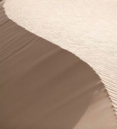 I like how you can see the small texture and patterns in the sand Backgrounds Wallpapers, Photo Backgrounds, Aesthetic Wallpapers, Cream Aesthetic, Nude Color, Belle Photo, Decor Interior Design, Textures Patterns, Color Inspiration