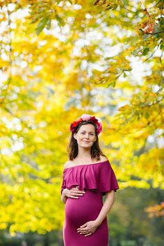 Autumn pregnancy shoot in Kensington & Hyde park Maternity Pictures, Pregnancy Photos, Dating Simulator Anime, Kensington London, Professional Portrait, Hyde Park, Fall Photos, Beautiful Couple, Autumn Fall