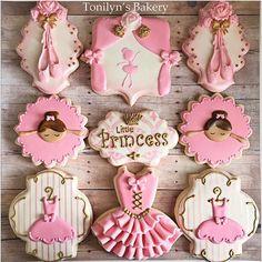 Beautiful princess ballerina cookies!! By @tonilynsbakery #ballerina #ballet…
