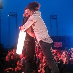 Buds. (Photo by Caitlin Applebaum) #springsteen @jakeclemons