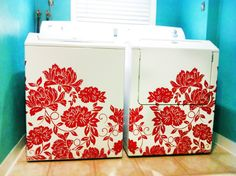 Flocked Flower Block Decal - Trading Phrases~~I think I am going to put red flowers on my white washer!give me the incentive to wash every thing in site Laundry In Bathroom, Laundry Rooms, Laundry Area, White Bathroom, Diy Home Decor, Room Decor, Decor Crafts, Block Wall, Organizers