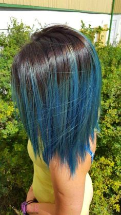 From multi-dimensional greyish blue looks to pastel blue dip-dye styles, we've got 30 blue ombre hair color ideas that will take your hair to bold new places! Faded Hair Color, Hair Color Purple, Cool Hair Color, Color Blue, Black Hair Ombre, Denim Blue Hair, Short Blue Hair, Tapered Haircut, Dye My Hair