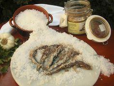 Acciughe salate del Mar Ligure - Ligurian Sea salted anchovies © Roberto Merlo