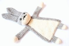 A darling little bunny has been born into the Ragdoll family! Even though the body is flat like a lovey, this animal will leave much more room for imagination and be a best friend to toddlers and even older children.  This is an easy pattern which works up rather fast. Level: advanced beginner.  You'll need: -Dk weight yarn in: grey (230m), white (130m), I used Scheepjeswol Stone Washed. -Crochet hook 3mm or D -Brown and black safety eyes 15mm -Safety nose 15mm wide -Fiberfill stuffing…