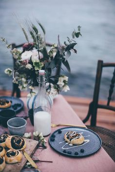 Gluten-free Poppy Seed Buns & A Magical Table Setting at the Sea