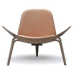 Butaca CH07 de Carl Hansen. Diseñada originalmente por Hans J. Wegner.