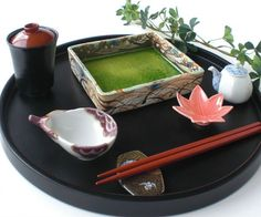 Japanese ceramic tableware sushi tray1 A grade porcelain.2 This item is handwritten.3 Dishwasher and micro