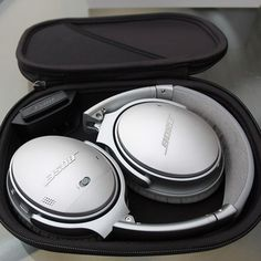 Mommy Comper Shared: Win Bose QC35 Headphones – #Giveaway (WW)    Click to learn more:  https://www.mommycomper.com/2016/10/win-bose-qc35-headphones/