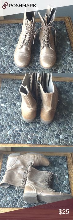 Leather lace up boots Cute preowned leather lace up boots...good condition Steve Madden Shoes Lace Up Boots