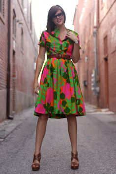 How I adore this dress. It's vintage and hand sewn. I've gotta learn how to make clothes!