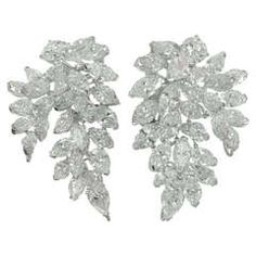 1970s Diamond Platinum French Clip-on  Leaf Cluster Earrings