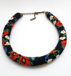 """Halskette aus Glasperlen """"Wilde Blumen"""" von PerlenshopBerlin auf Etsy"""
