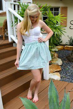 DIY seersucker skirt.