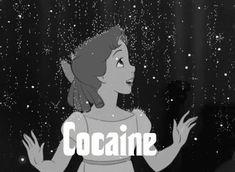 Que emoción, mamá llueve cocaina. :v