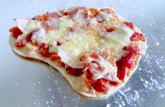Speltsurdeigspizza lavFODMAP 2 Fodmap Recipes, My Recipes, Low Fodmap, Hawaiian Pizza, Diet, Food, Loosing Weight, Meals, Diets