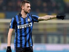 Ligaolahraga - Gelandang tengah andalan Inter Milan, Marcelo Brozovic, mengungkapkan bahwa timnya mengincar posisi tiga besar di klasemen akhir musim Serie A demi kembali berlaga di ajang Liga Champions musim depan.
