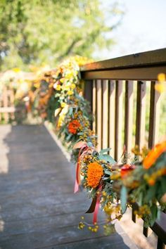 love these garlands for fall | Heather Roth #wedding