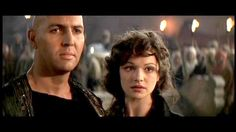 Imhotep (Arnold Vosloo) and Evelyn Carnahan (Rachel Weiz) in The Mummy.
