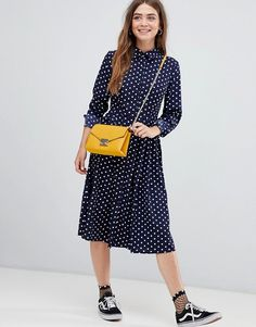 Shop our collection of clothes, accessories, beauty & Jw Fashion, Fall Fashion Trends, Latest Fashion Clothes, Modest Fashion, Autumn Fashion, Apostolic Fashion, Floral Dress Outfits, Floral Midi Dress, Skirt Outfits