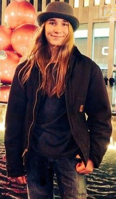 Sawyer Fredericks (Don't let the world change you)