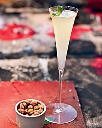 Smooth Gin Drinks - Southside Royale Cocktail This refreshing gin-based cocktail mixed with simple syrup and fresh lime juice gets a hint of sparkle from Champagne. Gin Drink Recipes, Cocktail Recipes, Wine Recipes, Cooking Recipes, Party Recipes, Party Drinks, Fun Drinks, Yummy Drinks, Liquor Drinks