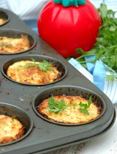 Smoked Snoek Tartlets and soup for a quick supper - My easy cooking by Nina Timm. Savoury Baking, Savoury Dishes, Chunky Vegetable Soup, Easy Cooking, Cooking Recipes, Fish Snacks, Banting Recipes, South African Recipes, Food Platters