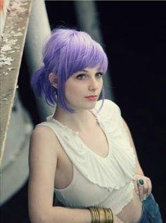 Idée Couleur & Coiffure Femme 2018 : Fuck yeah we love coloured hair! Light Purple Hair, Hair Color Purple, Pastel Purple, Dark Purple, Bright Purple, Pretty Pastel, Pastel Goth, Lavender Hair, Lilac Hair