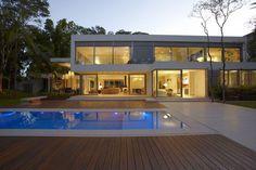 Energy-Efficient Hillside Home in Brazil: Morumbi Residence
