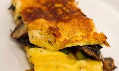Omelet, Breakfast Ideas, Lasagna, Ethnic Recipes, Food, Omelette, Morning Tea Ideas, Omelettes, Meals