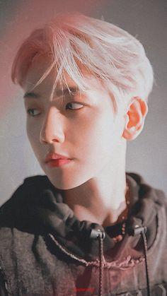 Kpop Exo, Exo K, Exo For Life, China Language, Baekhyun Wallpaper, Exo Lockscreen, Puppy Face, Exo Members, Korean Singer