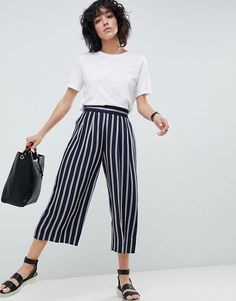 Buy ASOS DESIGN tailored easy stripe culotte at ASOS. With free delivery and return options (Ts&Cs apply), online shopping has never been so easy. Get the latest trends with ASOS now. Denim Cullotes, Casual Outfits, Fashion Outfits, Fashion Ideas, Diy Outfits, Fall Outfits, Cool Summer Outfits, Summer Dresses, Culottes Outfit