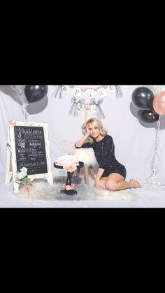 27th Birthday Cake, Golden Birthday, 30th Birthday Parties, Birthday Bash, Adult Cake Smash, Birthday Ideas For Her, Happy Photos, Birthday Pictures, Photo Shoot